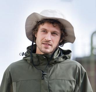 Рибарска шапка с връзка