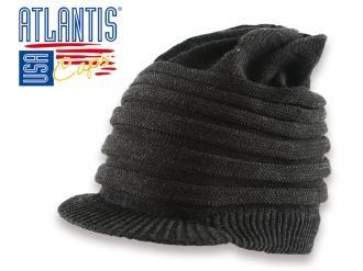 Плетена шапка с козирка
