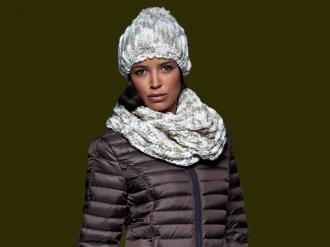 Плетен зимен шал