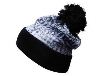 Зимна шапка с пискюл