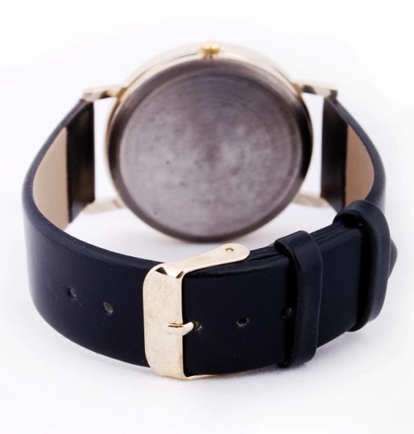 Черен часовник зиг-заг