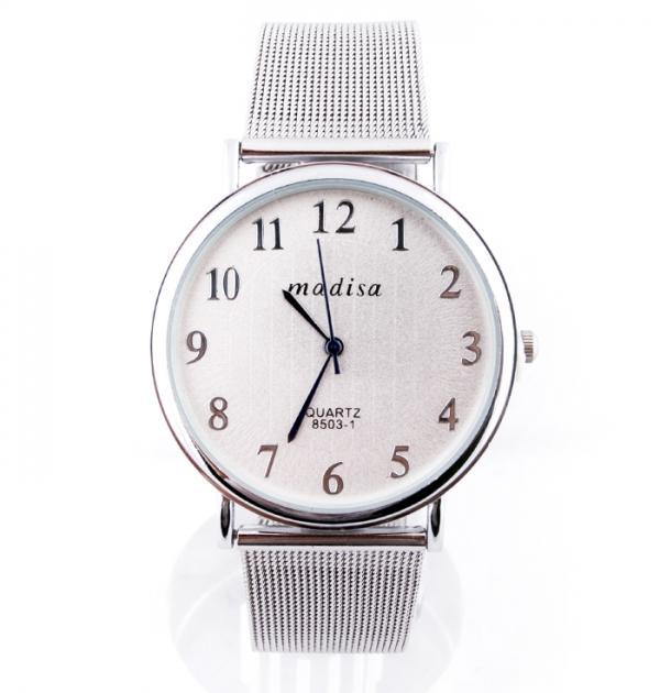 Елегантен сребрист часовник