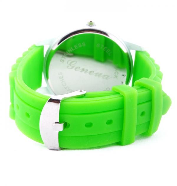 Зелен дамски часовник