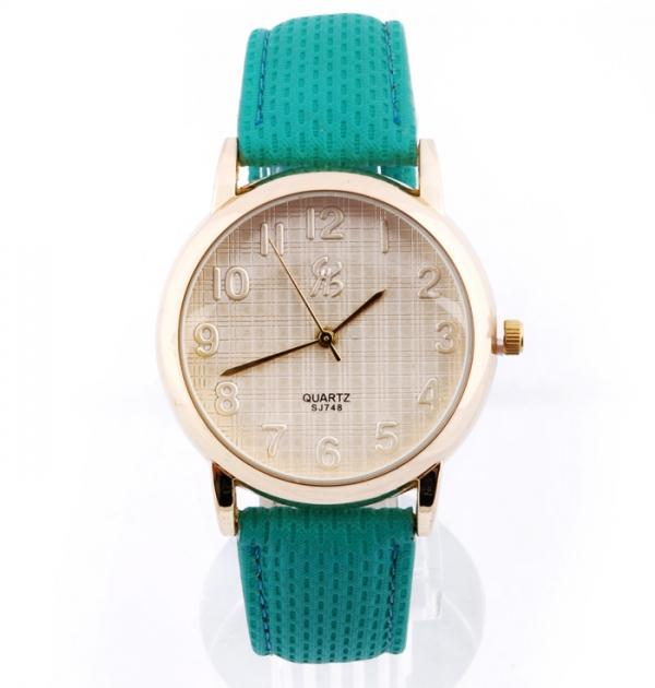 Елегантен часовник със зелена каишка