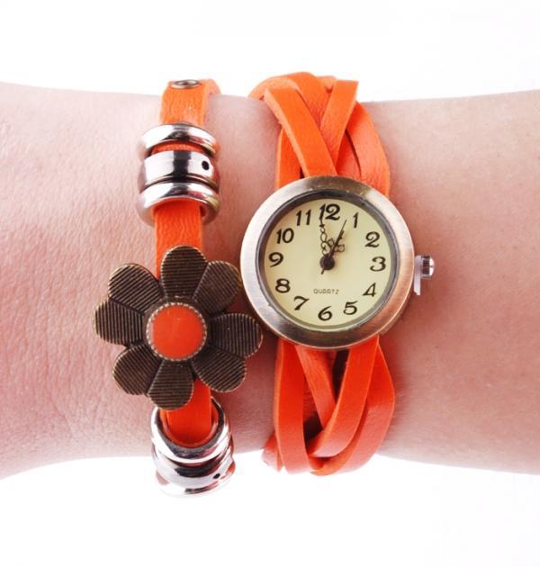 Часовник - гривна с цвете