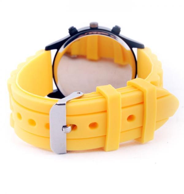 Спортен часовник с жълта каишка