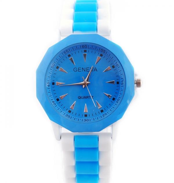 Син спортен часовник