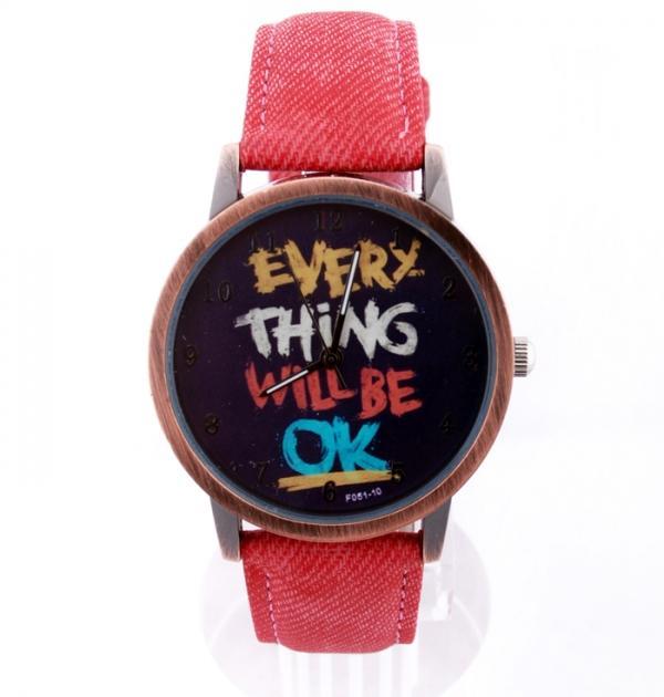 Червен часовник с надпис