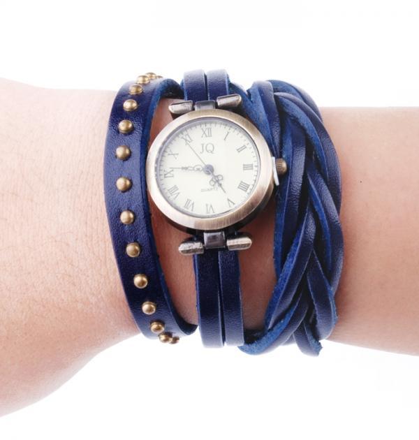 Син часовник-гривна с капси