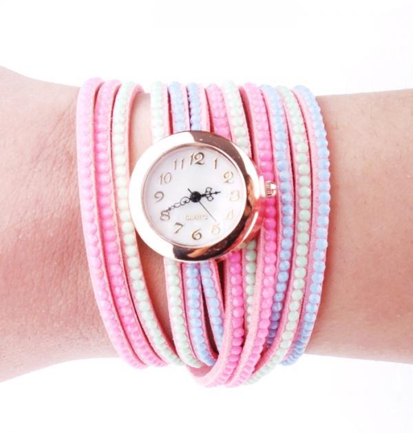 Часовник с розово-синя каишка и мъниста