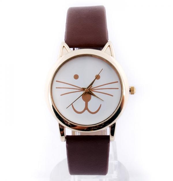 Кафяв часовник с коте