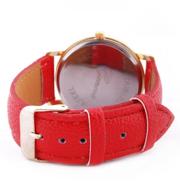 Стилен часовник с лалета