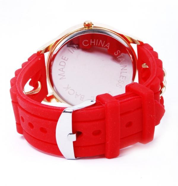 Червен часовник със силиконова каишка