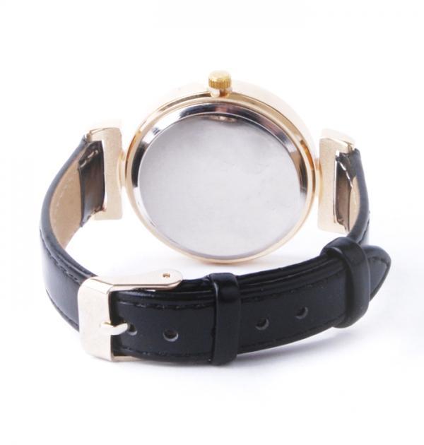 Дамски часовник с черна каишка