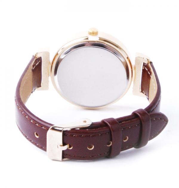 Дамски часовник с кафява каишка