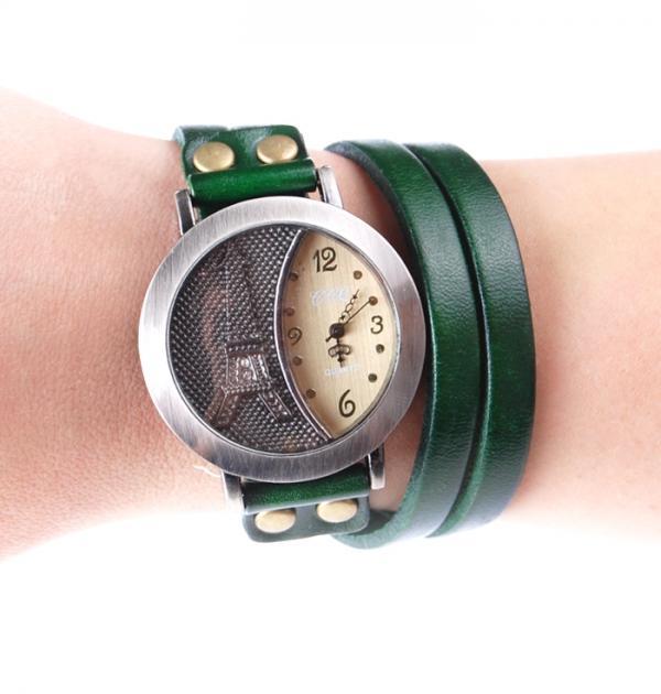 Дамски часовник с зелена кожена каишка