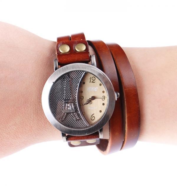 Дамски часовник с кафява кожена каишка