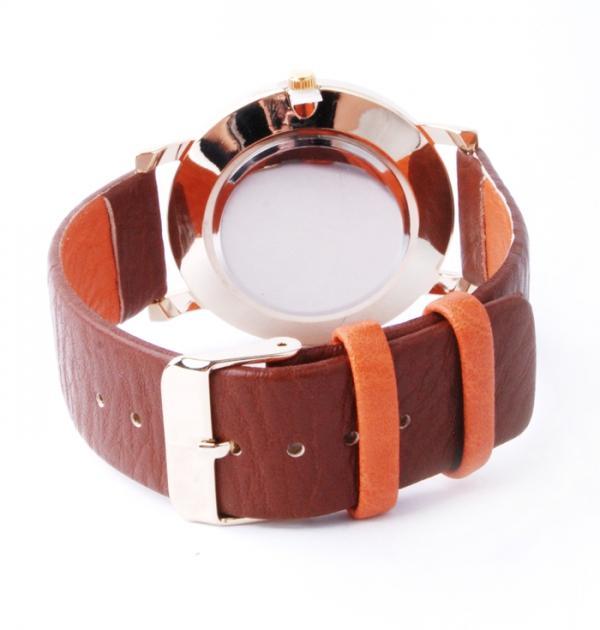 Дамски часовник с оранжево-кафява каишка