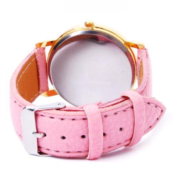 Розов часовник с цветен циферблат