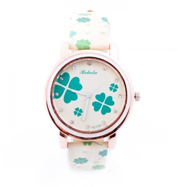 Часовник със зелени детелини