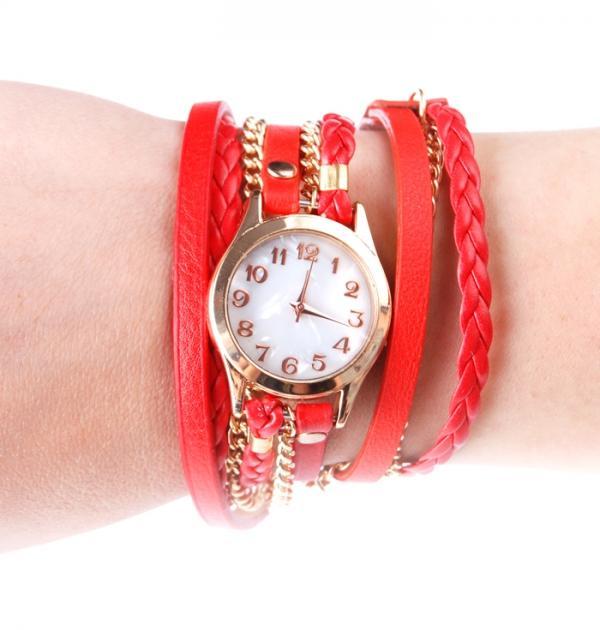 Червен часовник-гривна със златна верижка