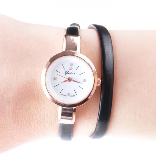 Черен часовник-гривна