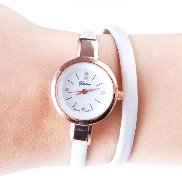 Бял часовник-гривна
