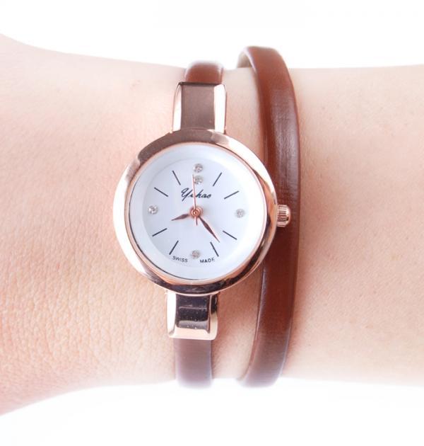 Кафяв часовник-гривна