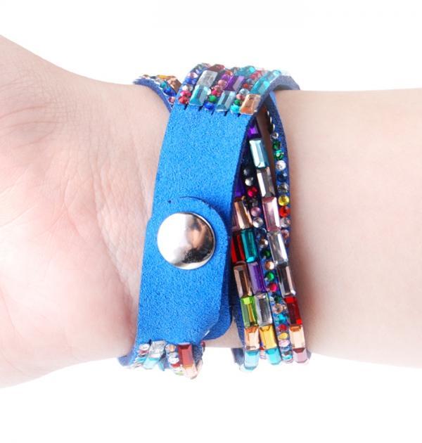 Цветен часовник-гривна в синьо