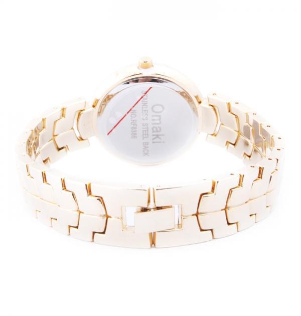 Елегантен златен часовник с камъни